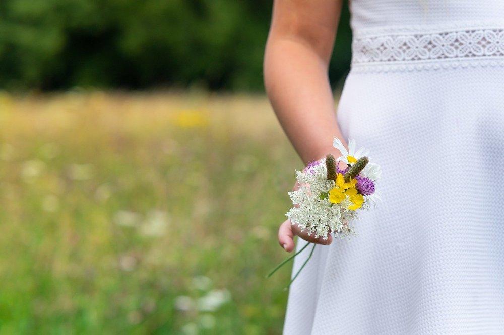 Hoe bereid je een communie of lentefeest in kleinere kring voo
